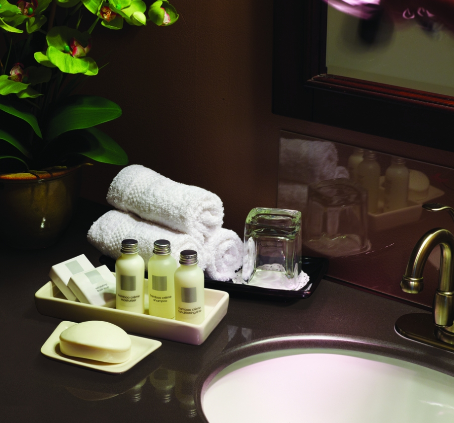 Retouched Bathroom Service Product Shot
